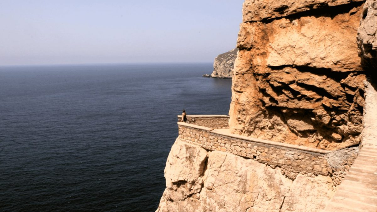 Ausblick auf der Treppe zur Neptungrotte