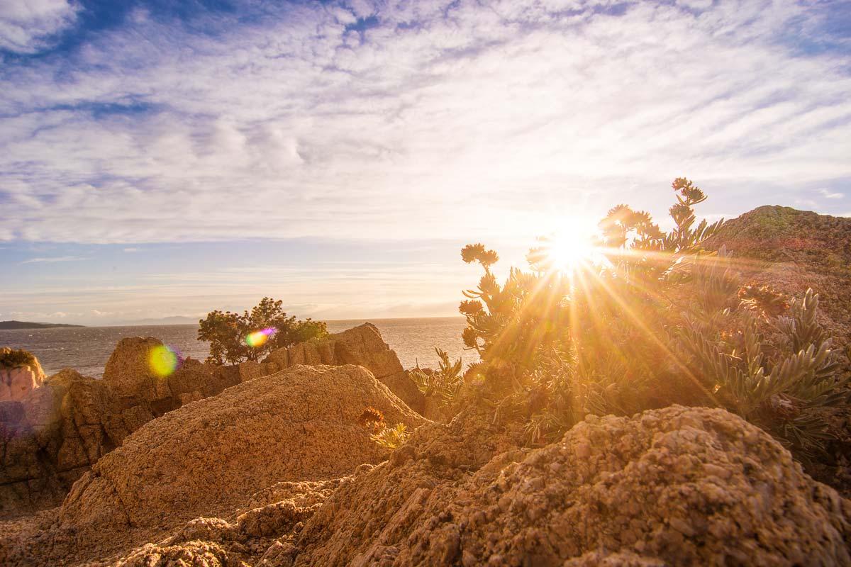 Kurz nach Sonnenaufgang an der Cote d'Azur