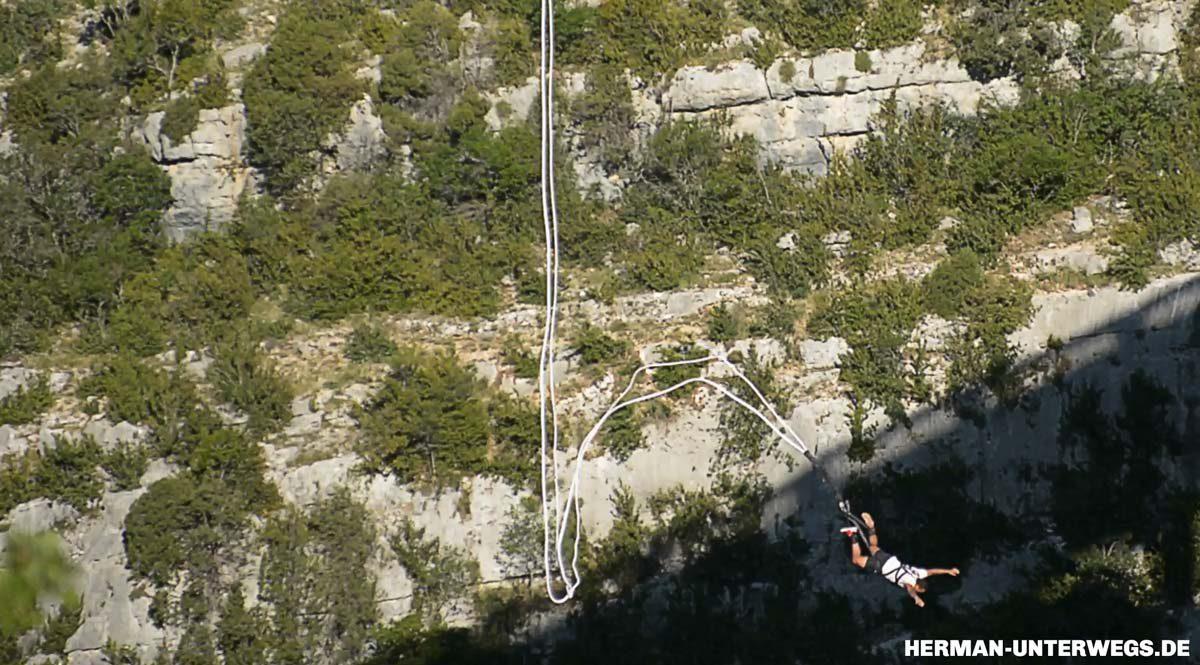 Bungee Springen in den Gorges du Verdon