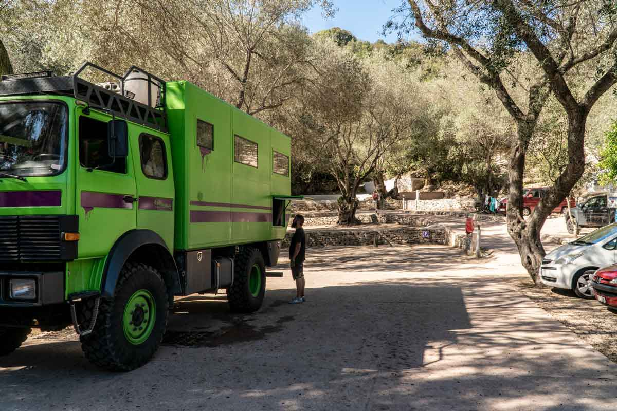 Camping L'Araguina, Bonifacio, Korsika. Auch für große Camper kein Problem