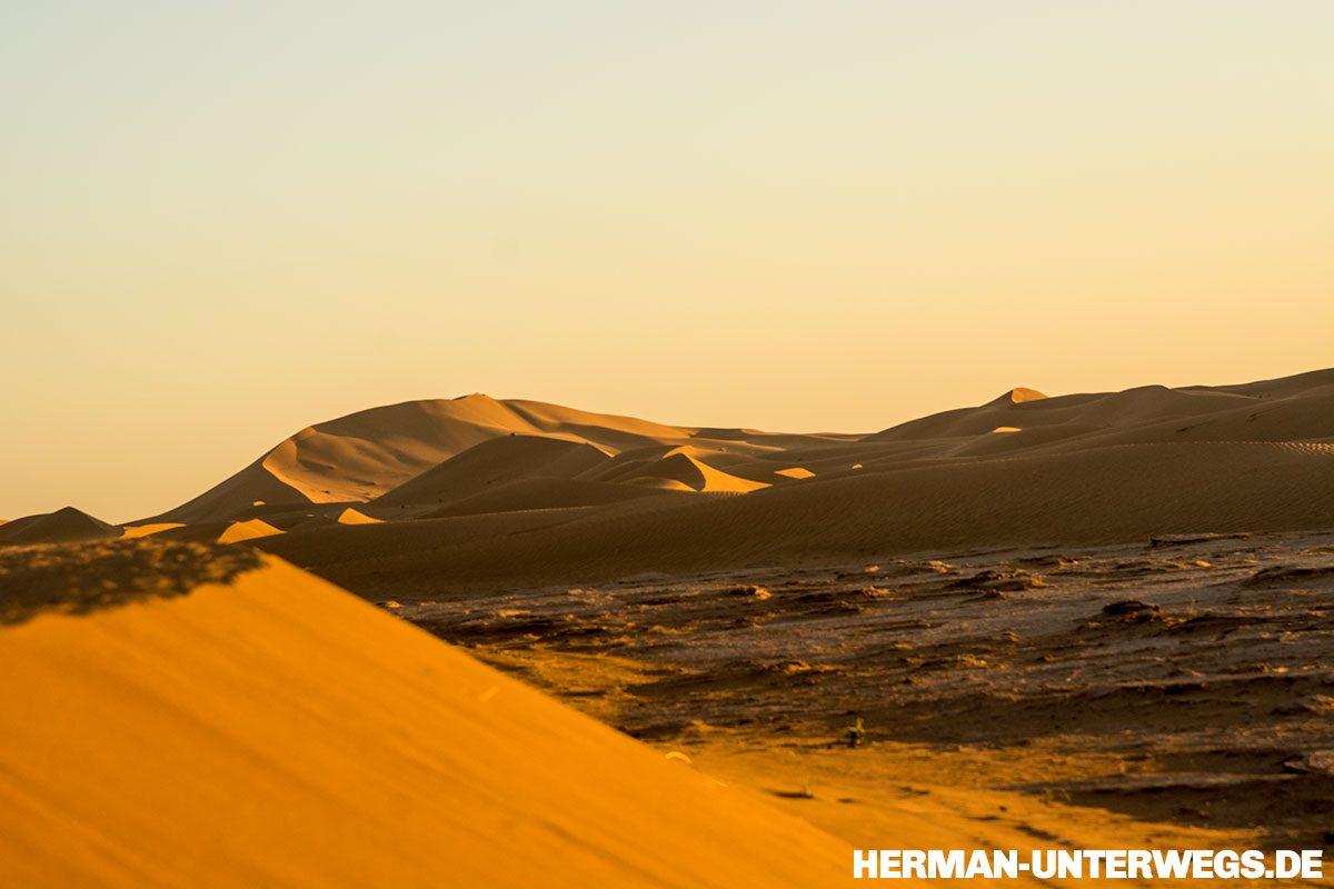 Dünenlandschaft des Erg Chegaga