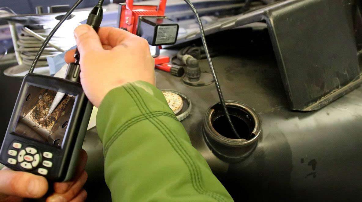 Endoskop zur Begutachtung eines Tanks mit Dieselpest
