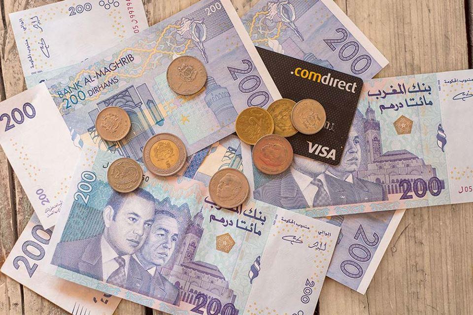 Marokkanische Banknoten und Münzen