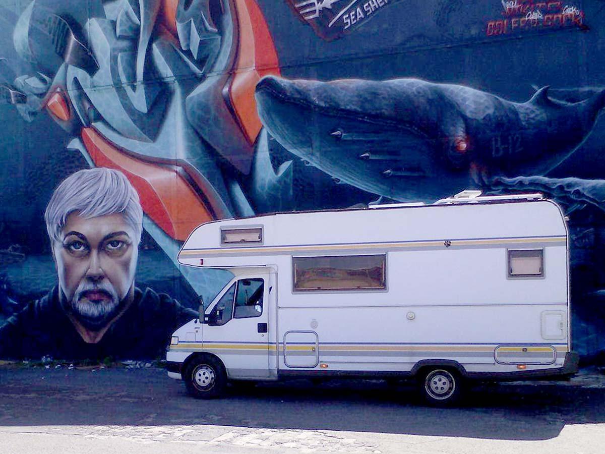 Das Wohnmobil von Handwerker Hengist zum Arbeiten on the Road