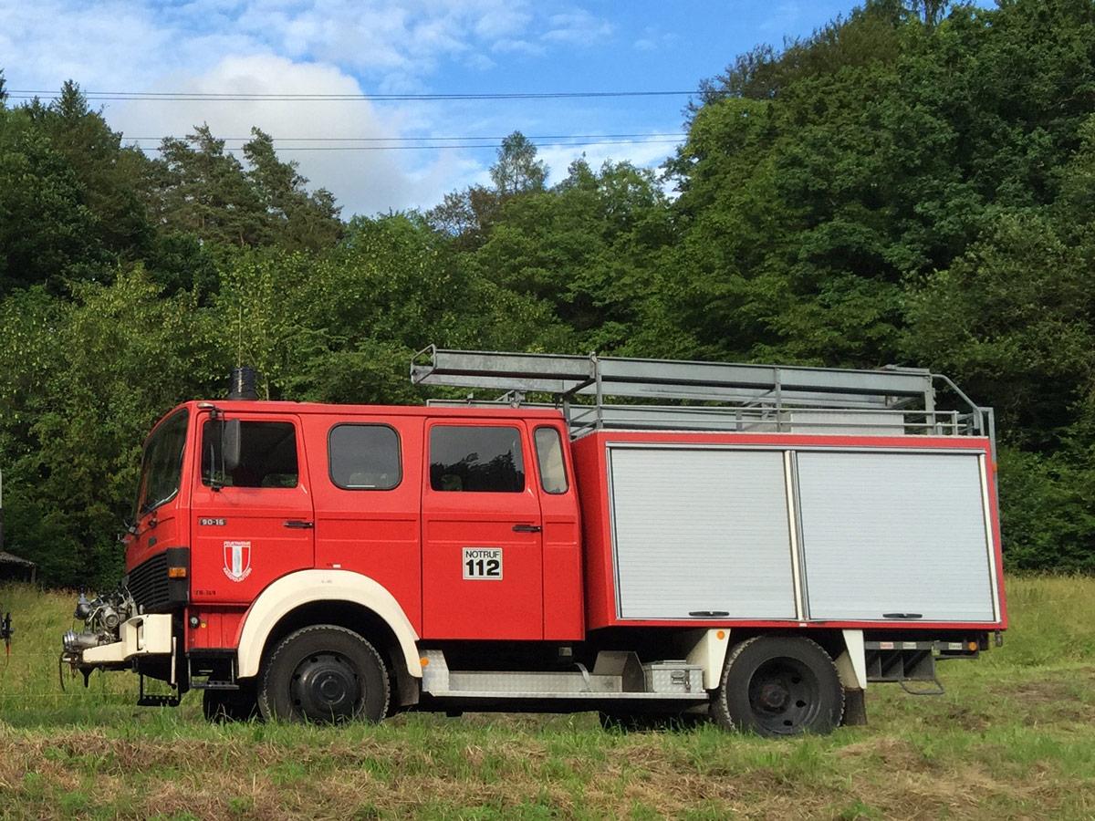 Iveco 90-16 Feuerwehr mit Doppelkabine