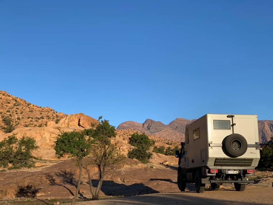 Iveco Daily 4x4 camper im Antiatlas
