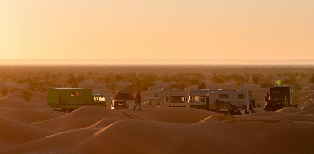 Dünencamp bei Zmela, Tunesien, Sahara