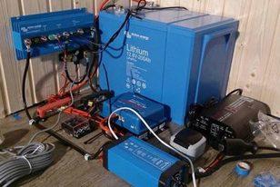 LiFePo4 Batterie und Solaranlagenkomponenten von Victron Energy