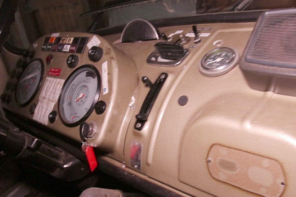 Cockpit Mercedes Benz 911 Rundhauber