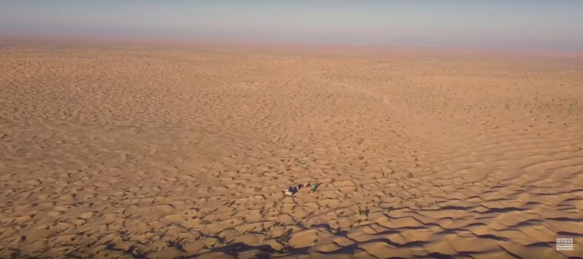 Sahara mit Expeditionsmobilen