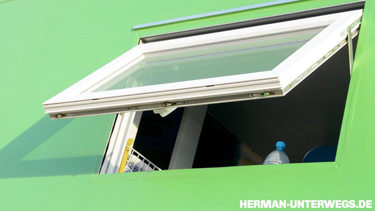 Pabst Airtec Fenster im Steyr 12M18 mit Wohnaufbau aus Holz