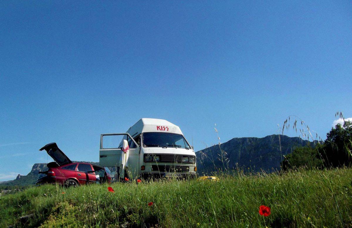 Unsere ersten Reisemobile: Ein T3 mit Hochdach und ein Opel Vectra B