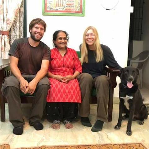 Helferin in Indien - Entführter Hund Luke widergefunden