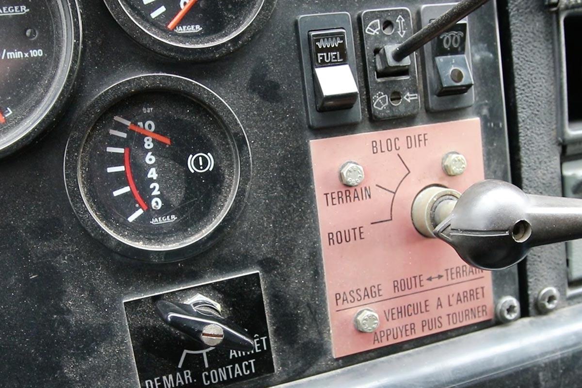 Wählhebel für Geländegang im Renault TRM 2000