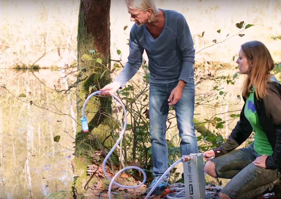 Mit Filtern einfach Trinkwasser aus Tümpel machen