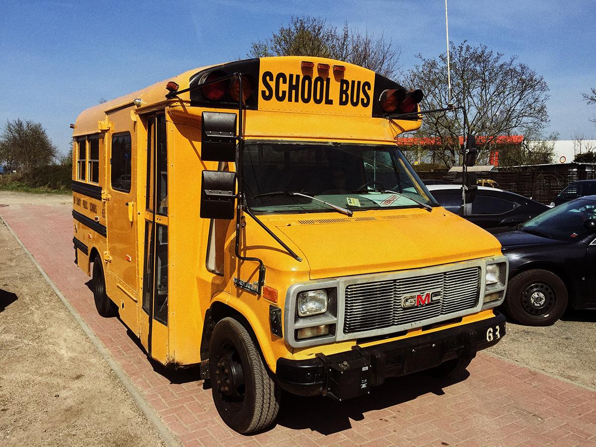 Amerikanischer Schulbus, kurze Version