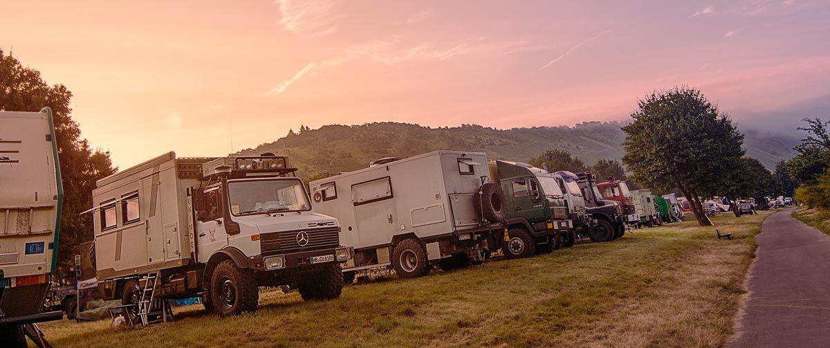 Allrad-LKWs und Fernreisemobiletreffen